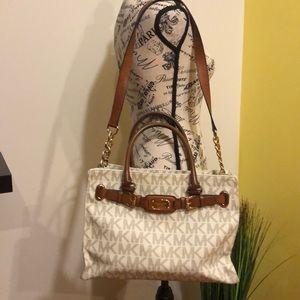 💯 authentic MK Hampton bag
